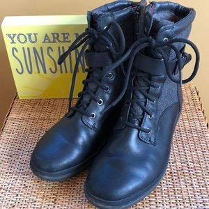 519f898f711 UGG COMBAT BOOTS SIZE 7 Kesey Waterproof Boot